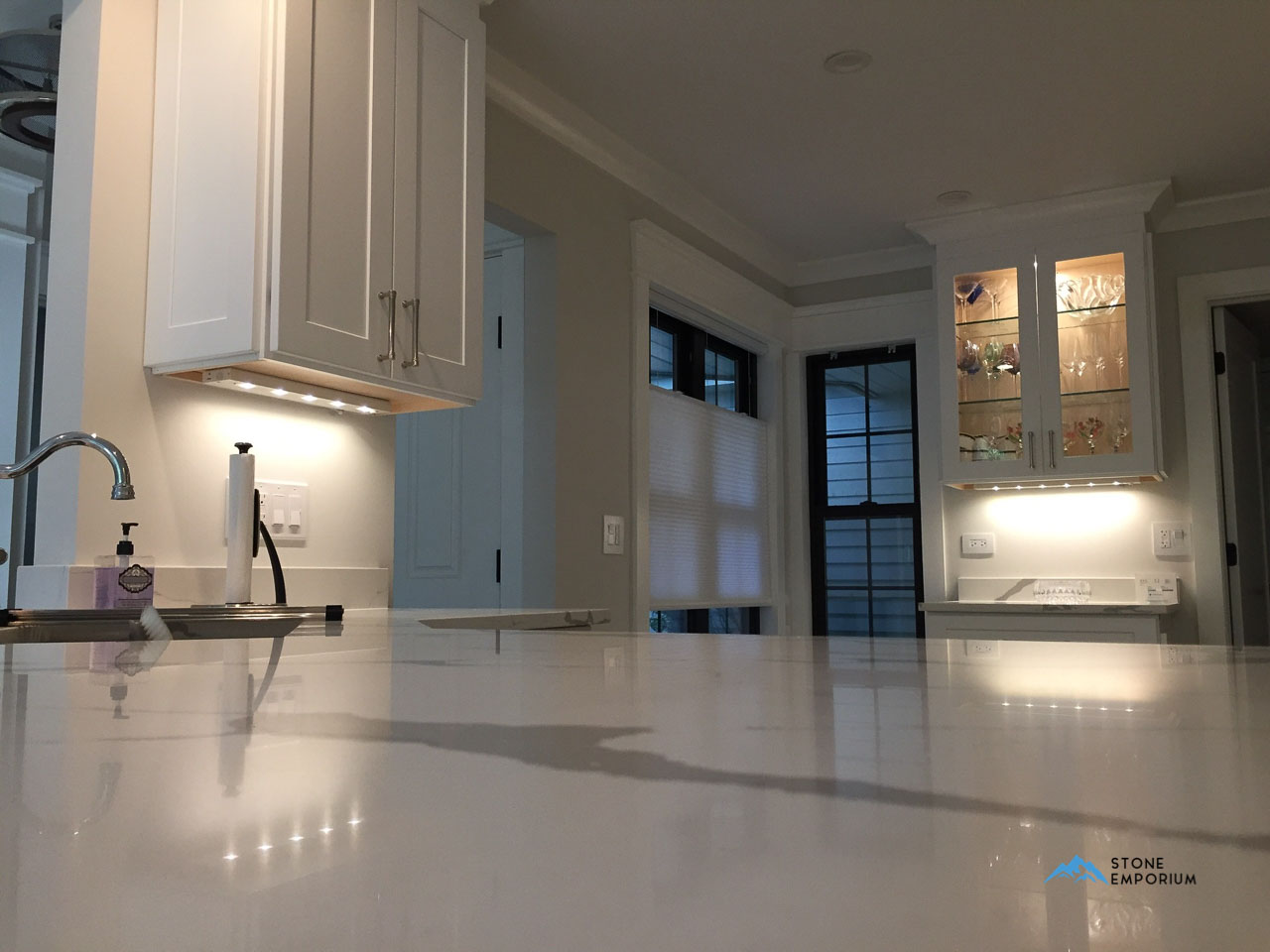 How To Clean Quartz Countertops Stone Emporium Quartz