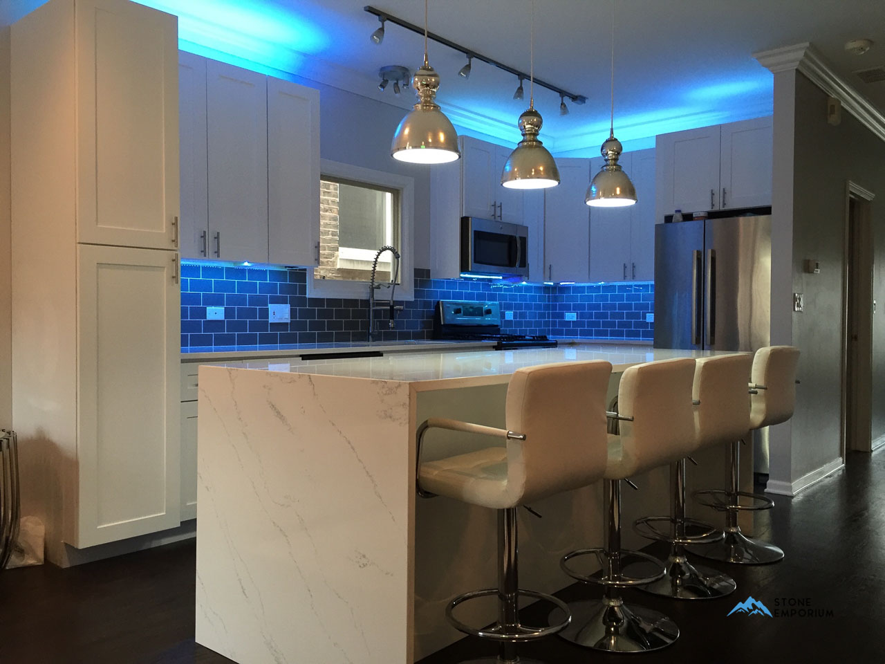 White Quartz Countertop from Stone Emporium – Affordable Quartz Chicago